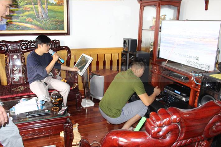 Karaoke gia dinh tai Cho Le Hung Yen 10