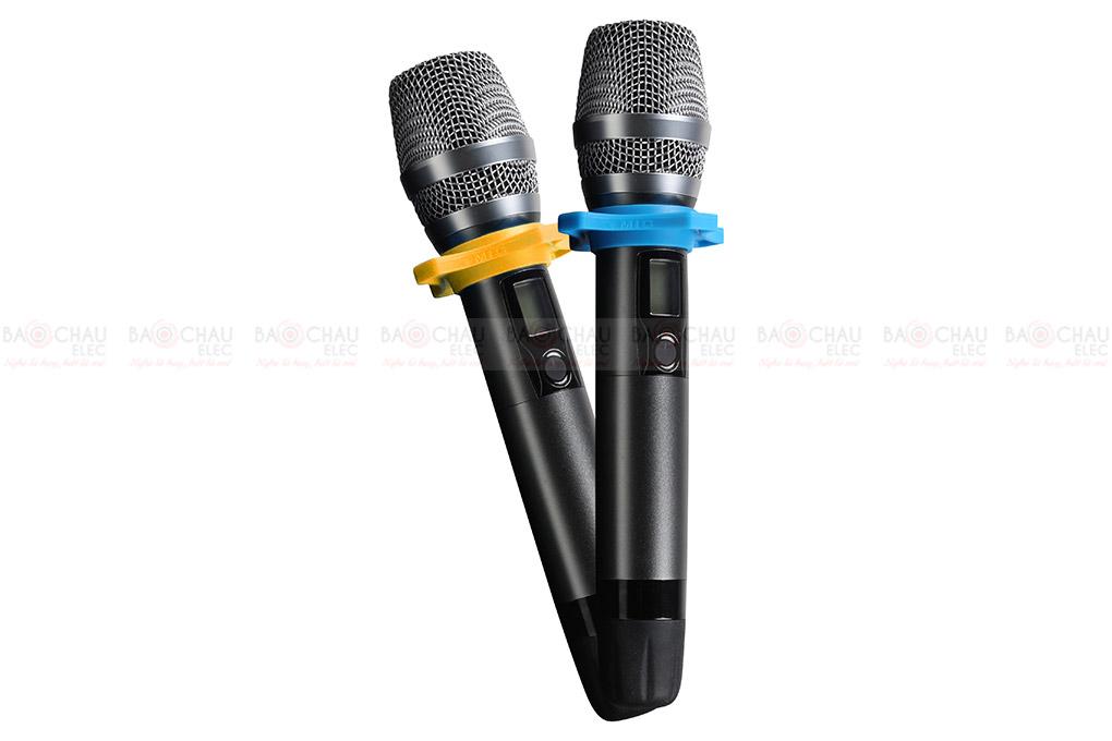 Digital Karaoke Power Amplifier BKSound DKA 6500 gôm 2 tay micro đi kèm