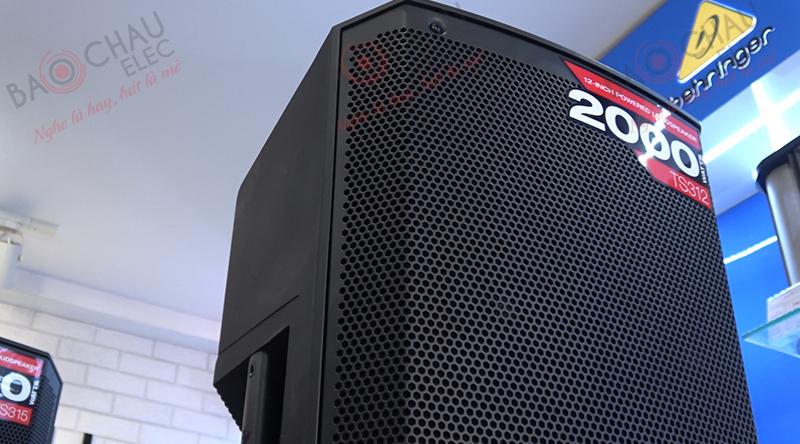 Loa Alto TS312 đáp ứng tối đa nhu cầu hát karaoke, nghe nhạc, xem phim trong những không gian rộng khoảng 30m2