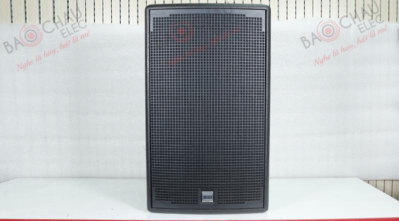 Loa Alto AT1000 sở hữu tông màu đen kết hợp với điểm nhấn là logo Alto màu xanh sang trọng