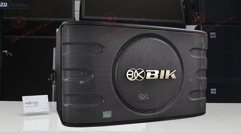 Loa BIK dễ dàng hòa hợp vào mọi không gian giải trí, mang đến cho người dùng những trải nghiệm âm thanh tuyệt vời