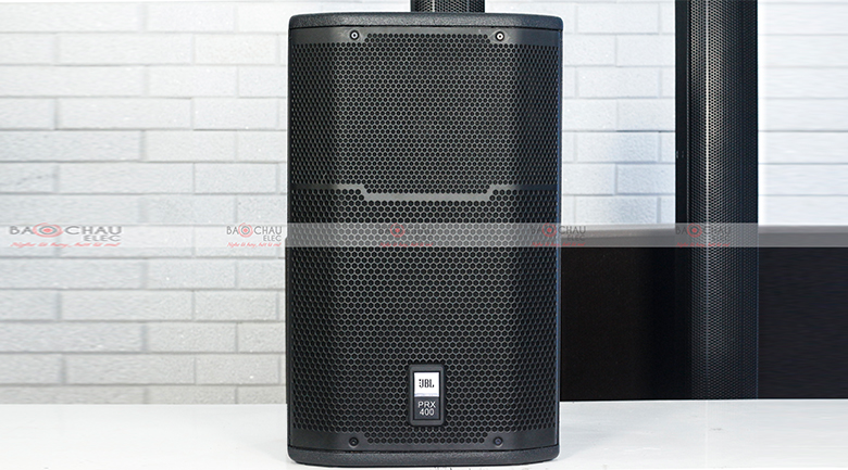 Loa JBL PRX 412M cho âm thanh được rõ ràng, chuẩn xác, có khả nắng hoạt động liên tục và ổn định.