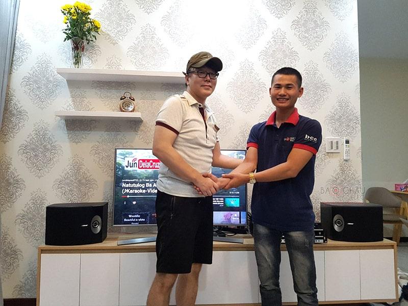 Khách hàng tại TP. Hồ Chí Minh mua dàn karaoke sử dụng loa Bose 301 Series V