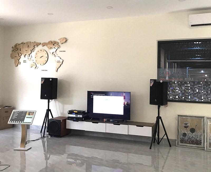 Quý khách hàng cần lưu ý việc sắp đặt cũng như quản quản dàn karaoke để đảm bảo hiệu suất hoạt động và độ bền