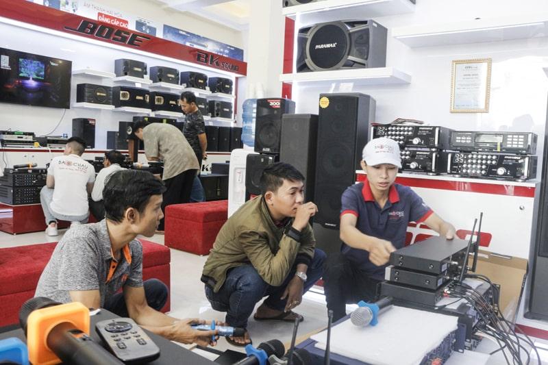 Mua micro không dây chính hãng, giá tốt tại Bảo Châu Audio