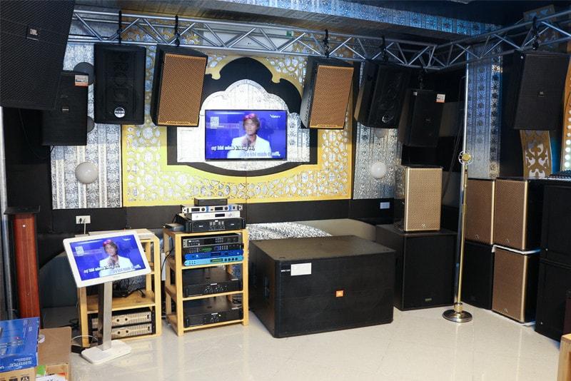 Loa karaoke là thiết bị không thể thiếu trong hệ thống âm thanh