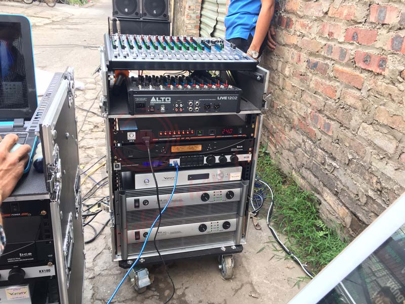 Tủ rack 12U (Mixer) thực tế