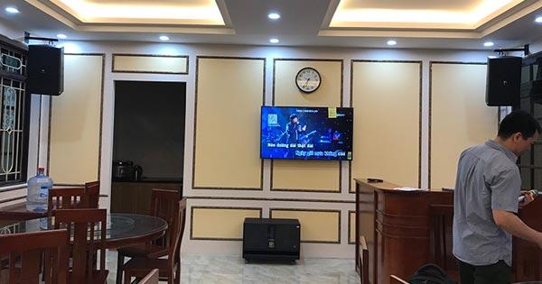 Dàn âm thanh nhà hàng của anh Hoàng Anh tại Hàng Bài, Hà Nội