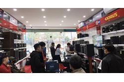 Không khí mua sắm nhộn nhịp ngày cận Tết tại hệ thống showroom Bảo Châu Elec