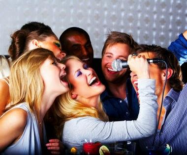 Cách hát karaoke hay nhất