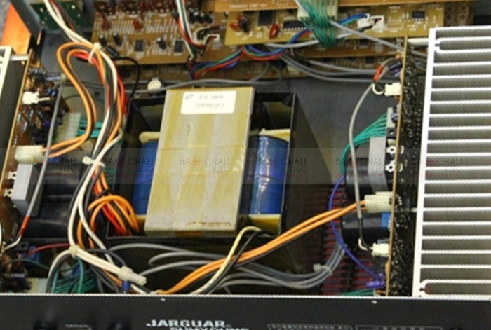 Amply Jarguar 506N hàng bãi xịn chi tiết linh kiện 1