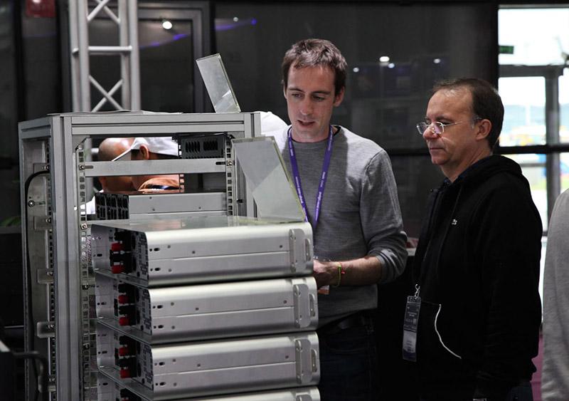 Giới thiệu cục đẩy tại triển lãm công nghệ âm thanh 2