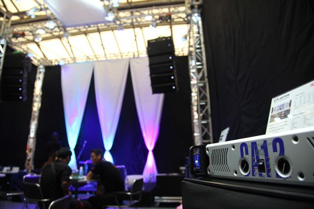 Cục đẩy Soundstandard CA12 sử dụng trong dàn âm thanh