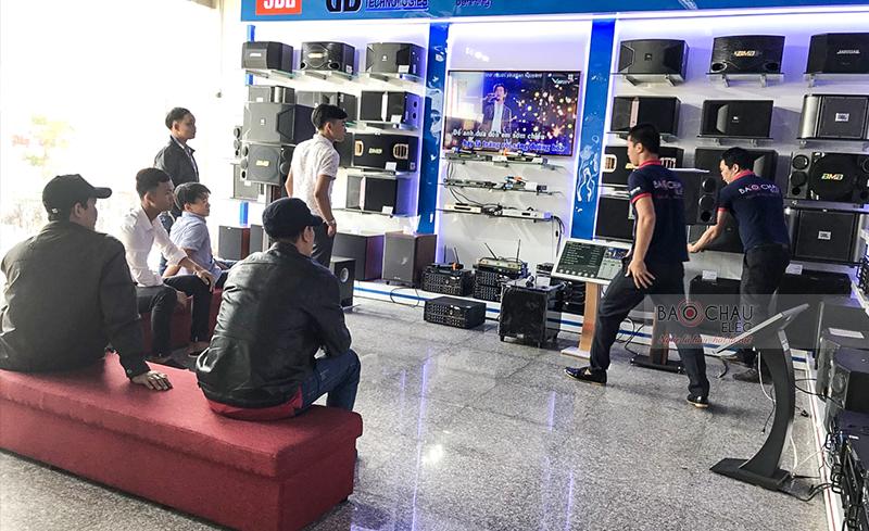 Không khí mua sắm ngày Tết ở Đà Nẵng 05